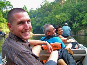 Bootsfahrt zum Taman Negara Dschungel