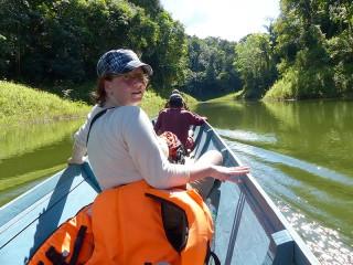 Im Boot und mit englischsprachigen Guides unterwegs