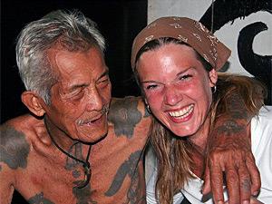 Begegnung mit Einheimischen auf Borneo