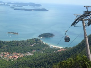 Cable Car und Blick auf Langkawi
