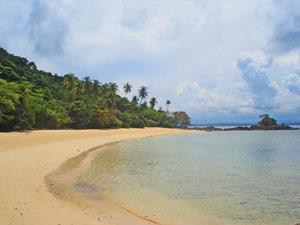 Privater Strand auf Gem Island