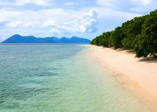 pulau-pom-pom-strand