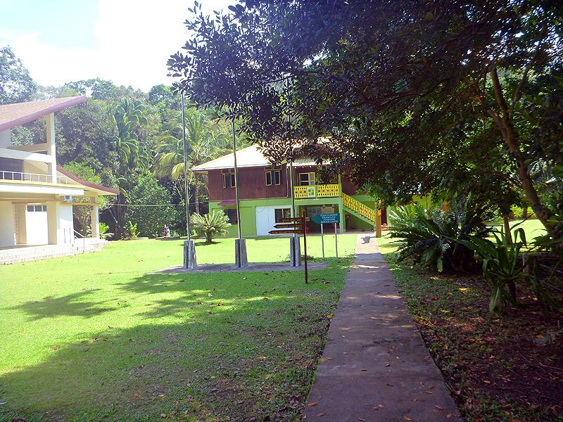 Hotelgebäude in Tanjung Datu