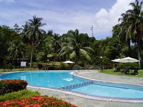 Am Pool können Sie entspannen