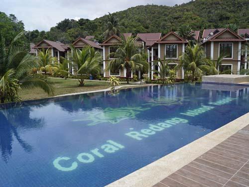 Pool im Hotel auf Pulau Redang