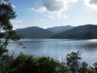 Flusslauf im Belum Regenwald