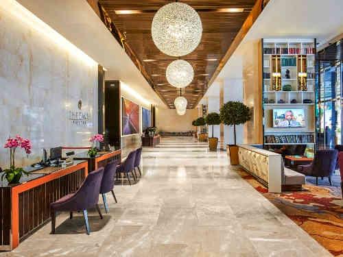 Die Lobby Ihres Hotels