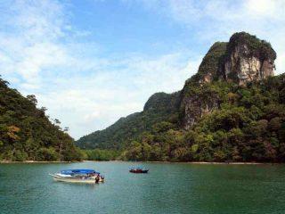 Mit dem Boot die umliegenden Inseln von Langkawi erkunden