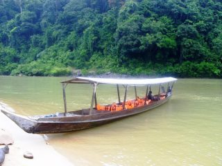 Bootsfahrt zum Taman Negara Nationalpark - Reise nach Malaysia