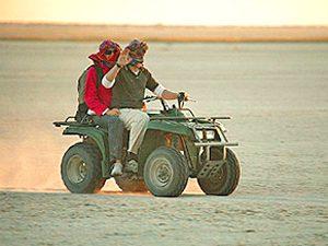 Quadbike Ausflug Makgadikgadi Salzpfannen Botswana