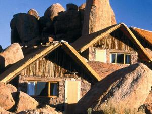 Special Stay Unterkunft aus natürlichen Materialen erbaut