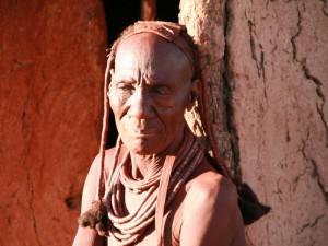 Dorfältester Besuch Himba Dorf Namibia