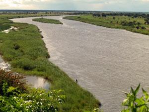 Namibia - Blick auf den Fluss bei Kavango am Caprivi