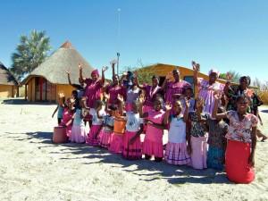 Abschied von den Dorfbewohnern im Ovamboland