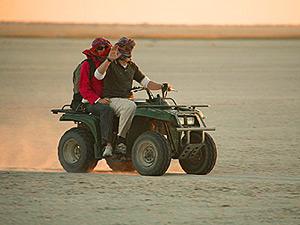 Quadtour über die Makgadikgadi Salzpfannen