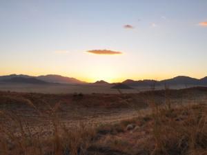 Sonnenuntergang über der Wüste - Namibia Rundreise Selbstfahrer