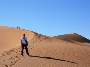 Reisende bei den Dünen des Sossusvlei