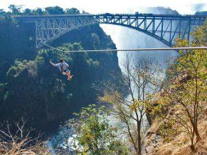 Ziplining bei den Victoria Falls
