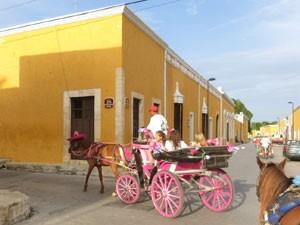 rondreis yucatan met kinderen izamal koets
