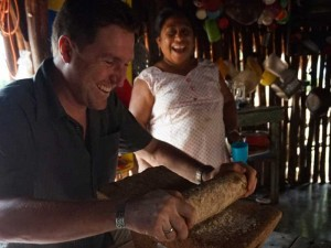 fly drive mexico met kinderen maya dorp