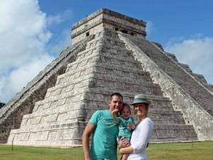 Mexico met kinderen-Chichen-Itza