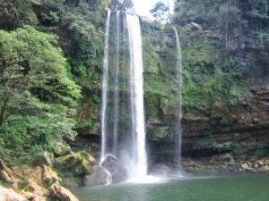 Palenque-watervallen-tieners-mexico