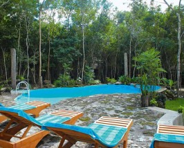 Special stay optie Calakmul - jungle Mexico hotel zwembad