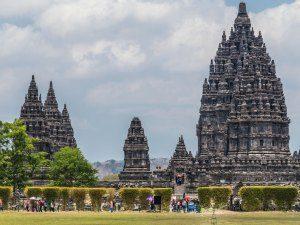 Indonesien Rundreise: Besuchen Sie eine der wichtigsten Tempelanlagen Indonesiens