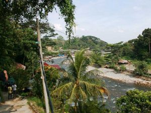 Dschungelfluss bei Bukit Lawang