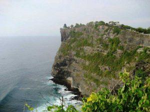 Der Uluwatu ist einer der berühmtesten Tempel Balis bei Nusa Dua