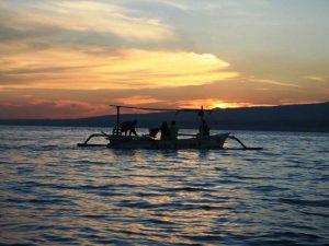 Lovina: Fischerboot in der Morgendämmerung