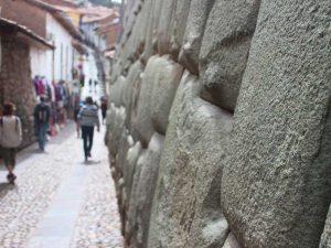 cusco-inca-muur-peru