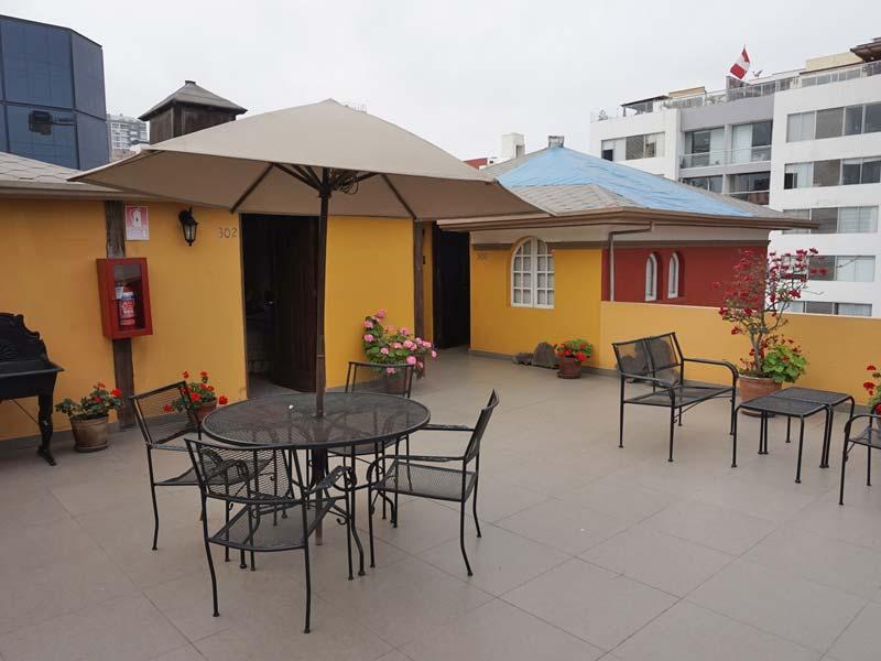 Peru kids - comfort hotel Lima dakterras