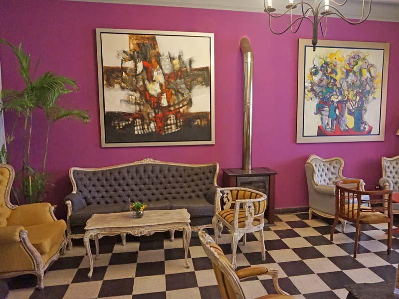 Peru kids - comfort hotel Lima lounge