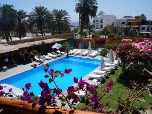paracas-hotel-zwembad