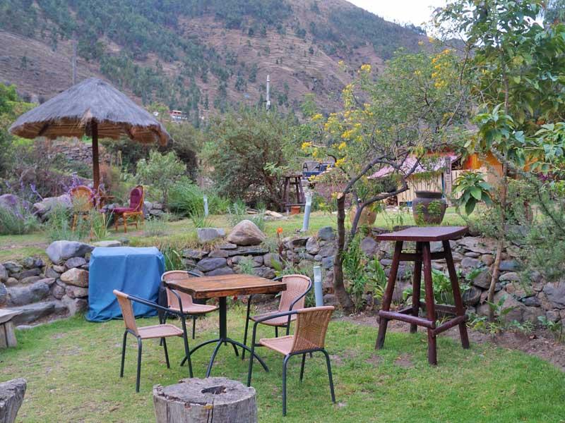 Heilige vallei Peru kids - budget hotel tuin