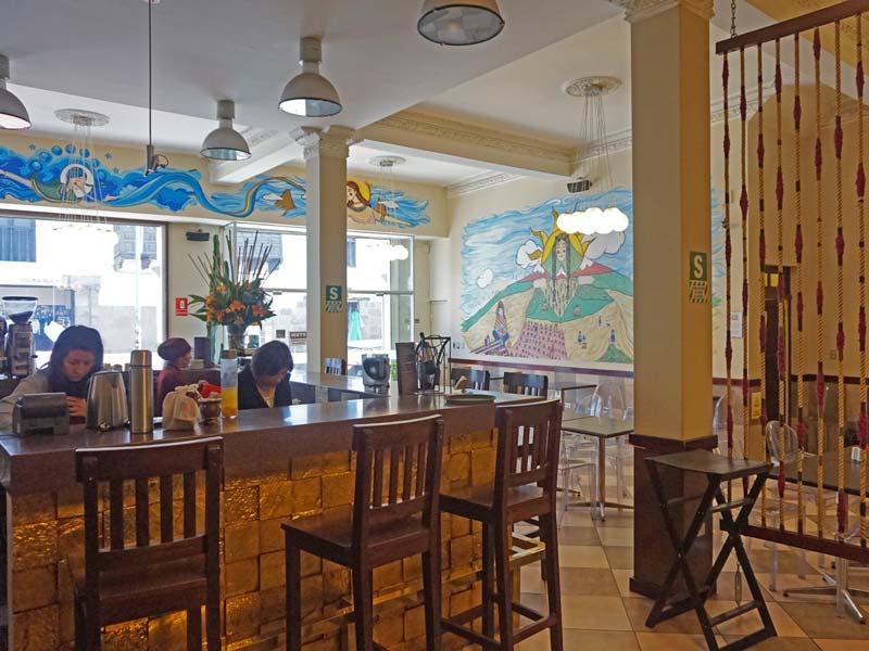 Cusco Peru kids - comfort hotel restaurant