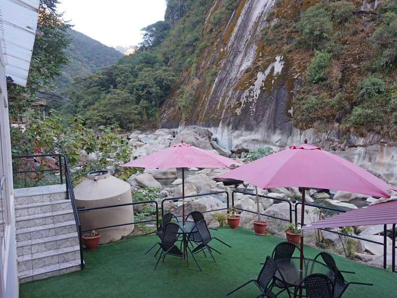 Machu Picchu comfort hotel terras - rondreis Peru