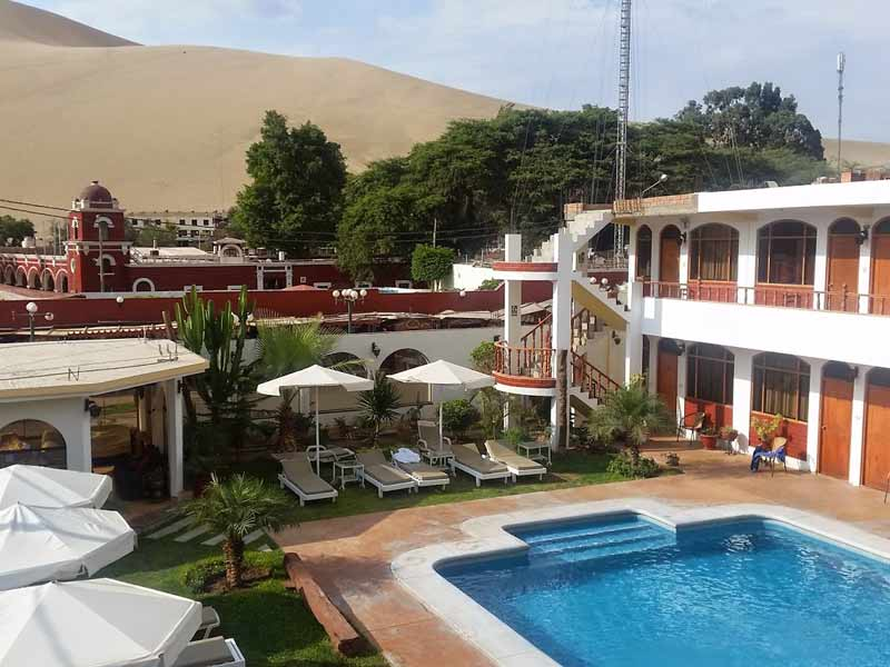 Huacachina Peru kids - special stay duin hotel