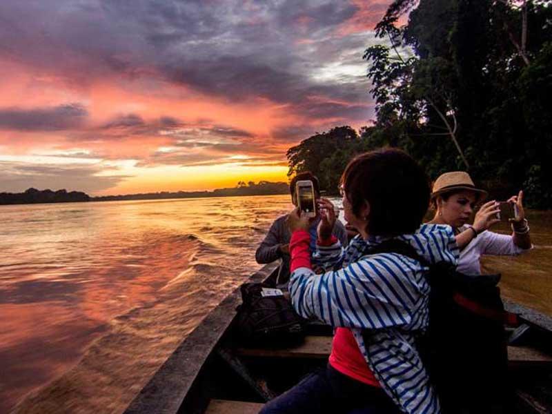 Amazone Peru Kids - zonsondergang
