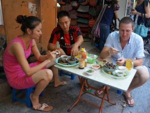 Streetfoodsafari Hanoi - rondreis Vietnam 3 weken