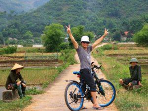 Mai Chau met kinderen - fietsen