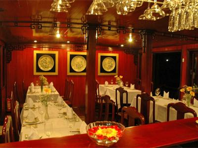 Halong Bay - restaurant