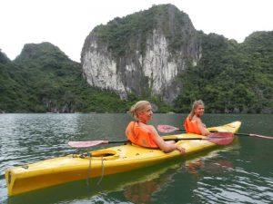 Halong Bay met kinderen - kajak