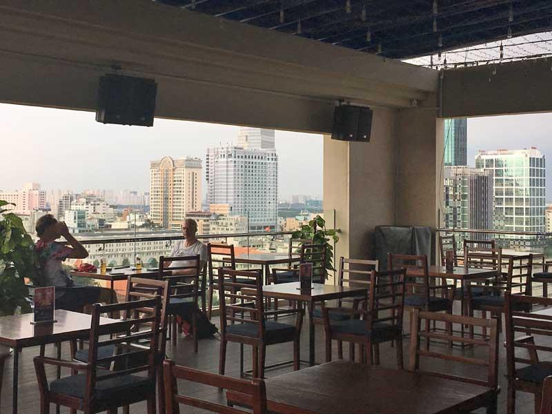 Saigon met kinderen - rooftopbar