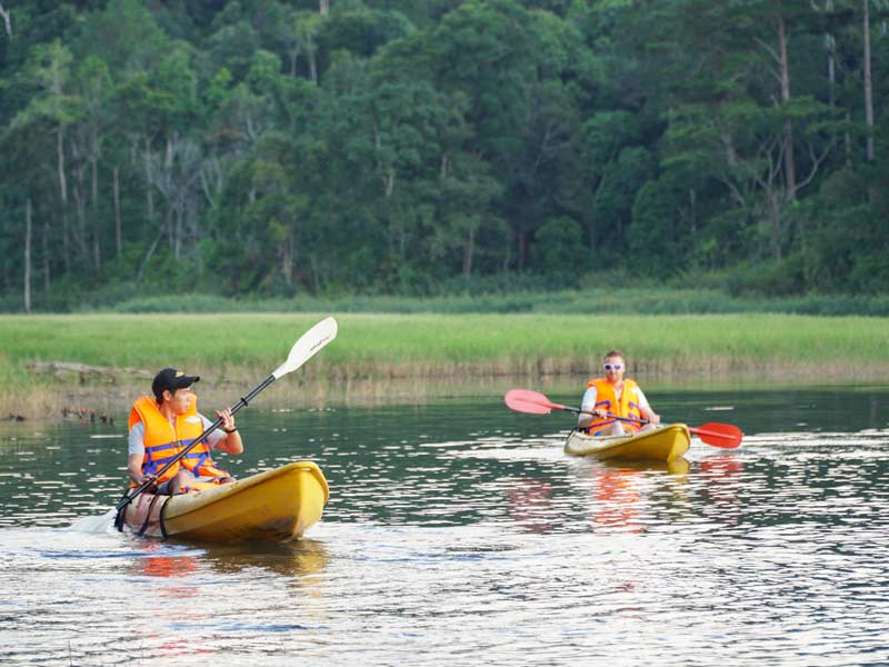 avontuurljk Dalat - kayakken