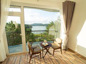 Kajakken Vietnam - kamer met uitzicht op het meer