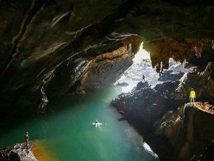 jungle trekking Phong Nha Vietnam - hike and swim