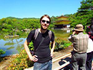 Riksja reiziger in Japanse tuin