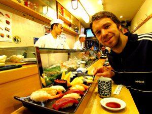 Sushi van de lopende band in Osaka